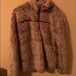 Altar'd stat fuzzy pullover